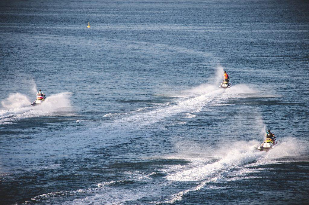 אופנוע ים ראשית