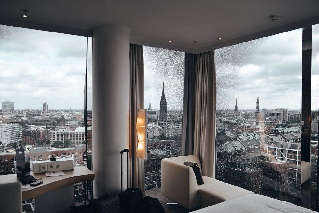 חדר בקומה גבוהה