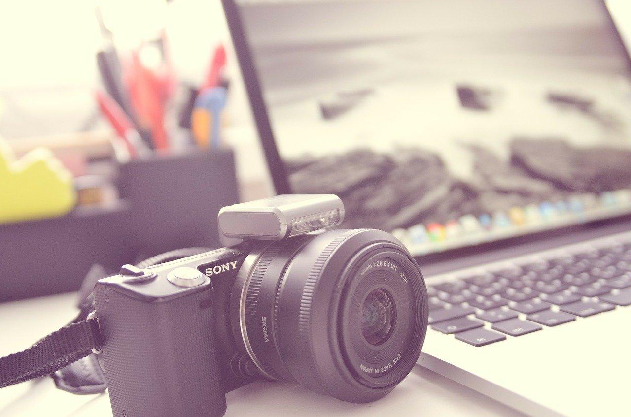 מצלמה ומחשב
